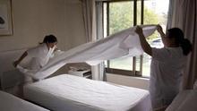 Camareras de piso en hoteles.