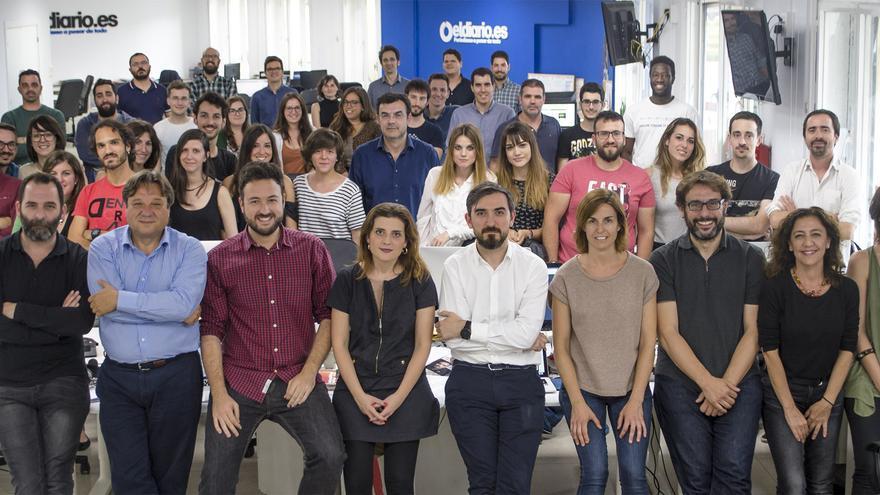 Los que hacemos posible eldiario.es en la redacción de Madrid