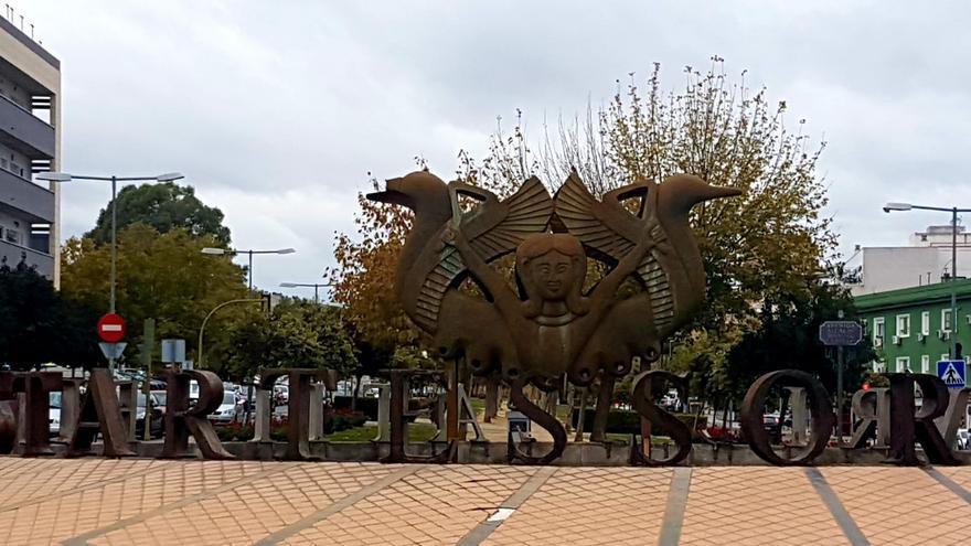 La diosa Astarté es la figura tartesia que preside la rotonda que da la bienvenida a Camas