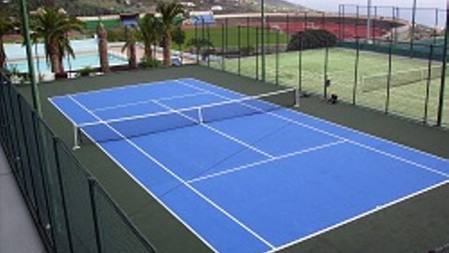 La pista de tenis remodelada de Miraflores.