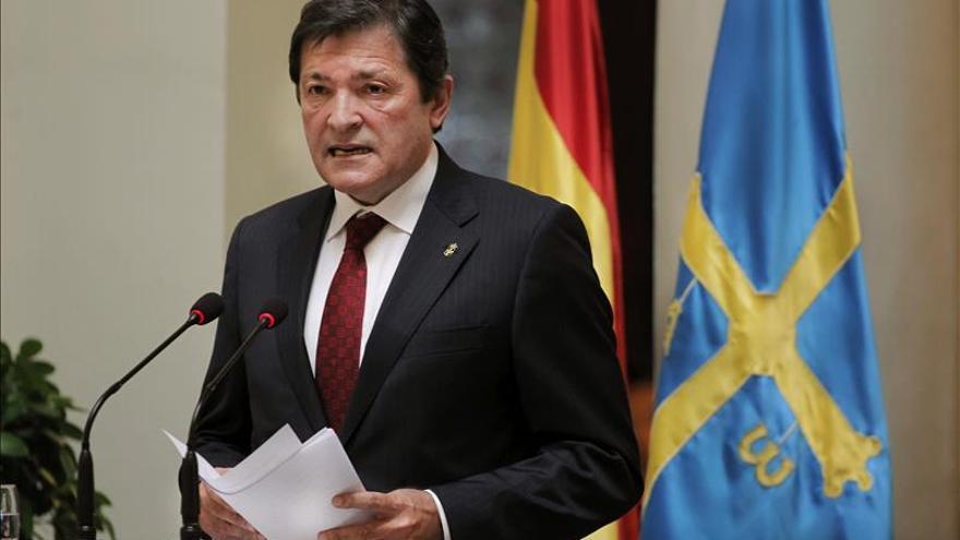 Javier Fernández quiere que Asturias siga siendo un referente de solidaridad