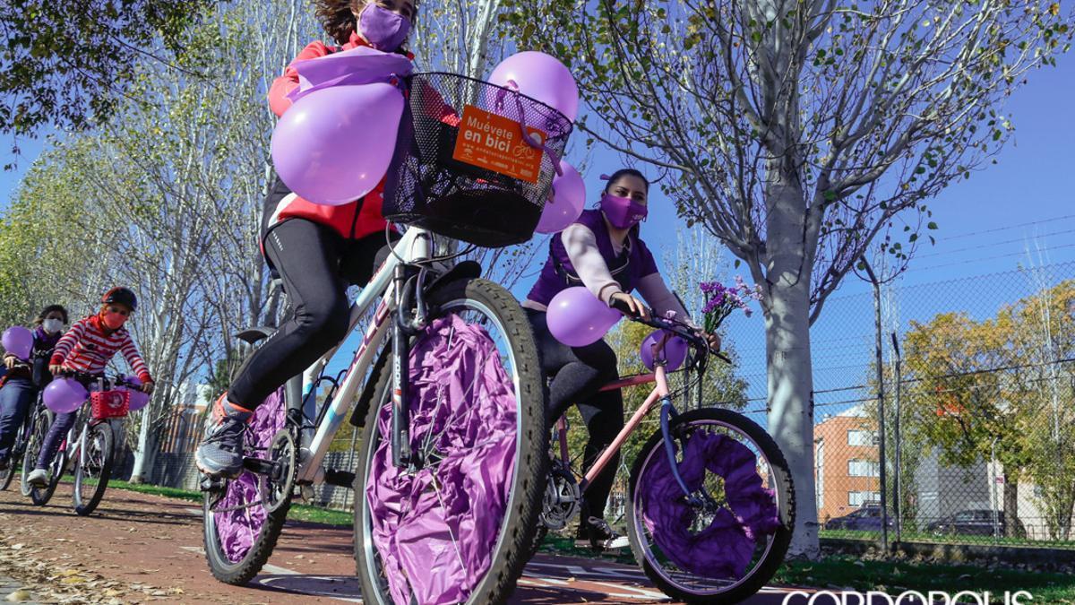 Marcha en Bici contra la Violencia de Género en 2020.