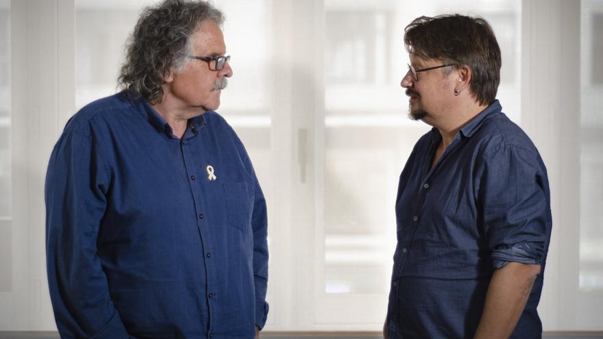 Joan Tardà (exdiputado de ERC) y Xavi Domènech (exdiputado de Catalunya En Comú) en la redacción de eldiario.es