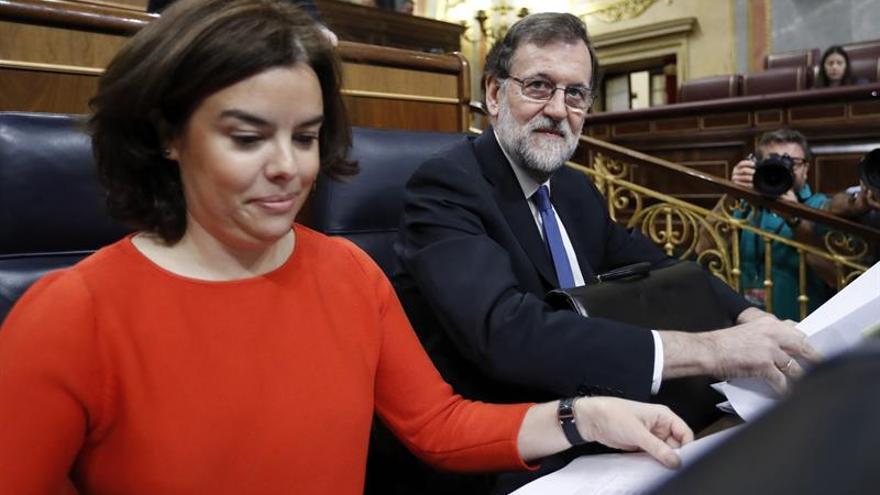 S.Santamaría reprocha a Podemos que justifique en Venezuela lo injustificable