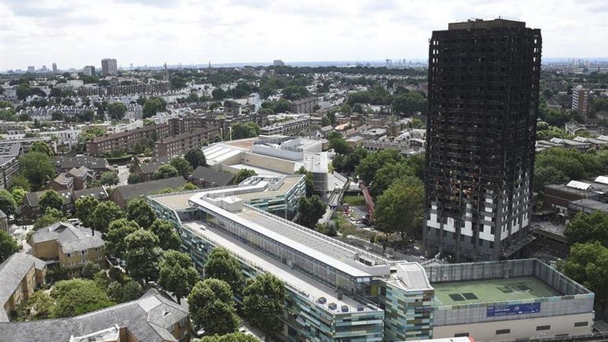 Artistas ceden obras en subasta para víctimas de bloque incendiado en Londres