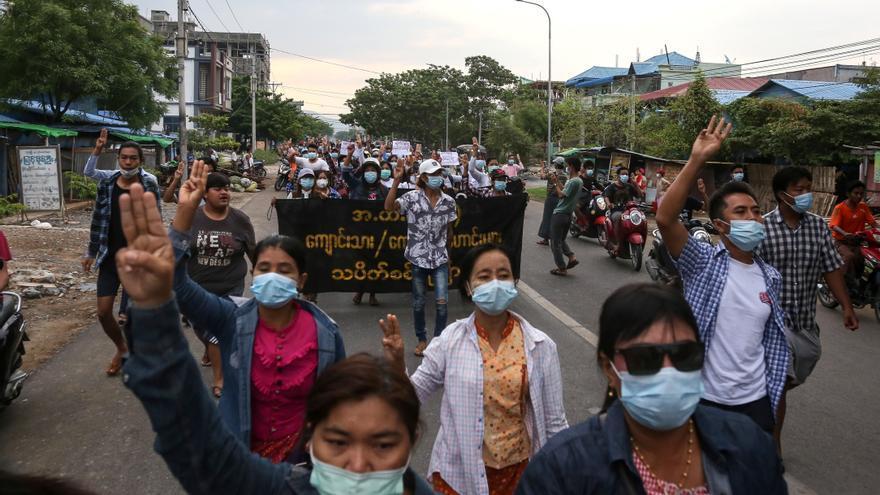 17 Embajadas piden la liberación de periodistas y la libertad de prensa en Birmania