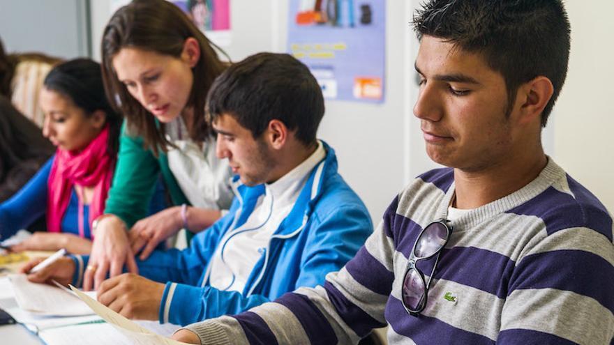Un 64% de jóvenes gitanos no logra el título de Graduado en ESO (FSG)
