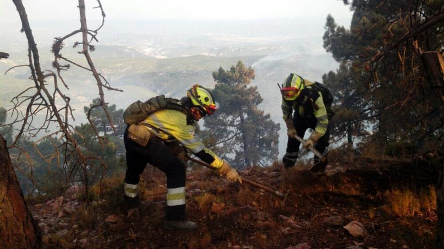 Trabajos en el incendio de Yeste de 2017