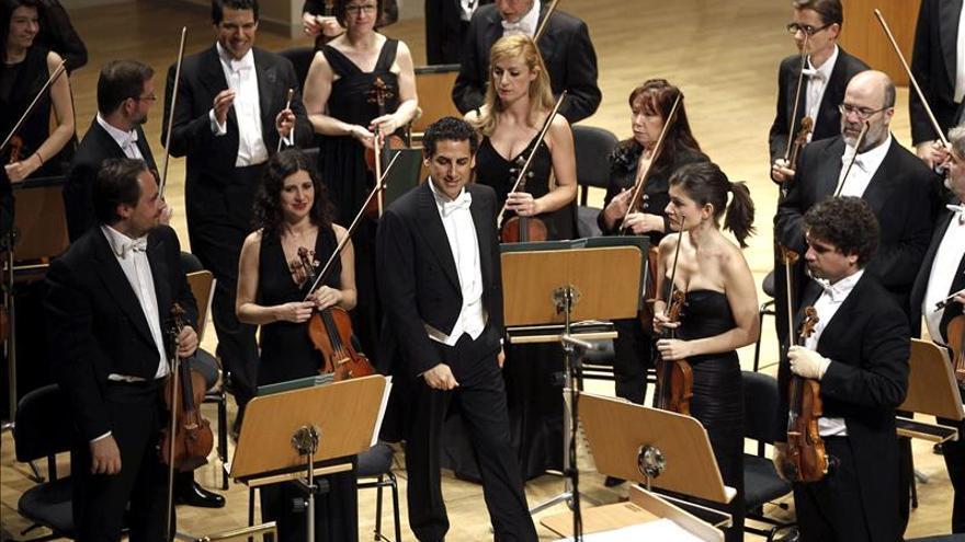 Juan Diego Flórez canta para Vargas Llosa y vuelve a seducir en Madrid
