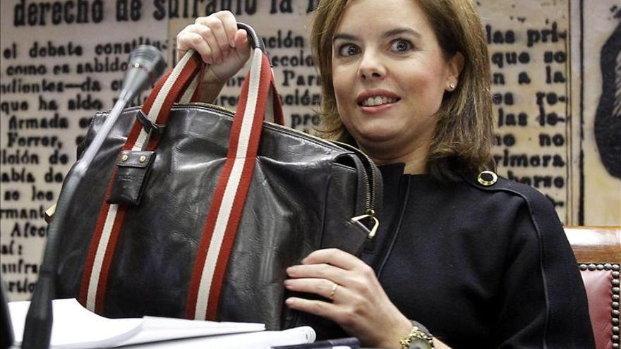 """Soraya Saenz de Santamaría apela al consenso para """"cegar cualquier espacio a la corrupción"""""""