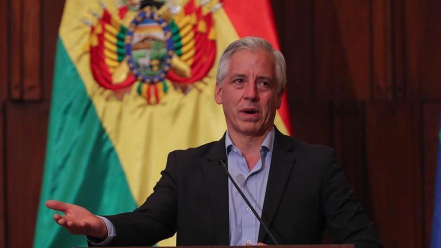 """Mujeres exigen justicia para la víctima de """"La manada"""" boliviana"""
