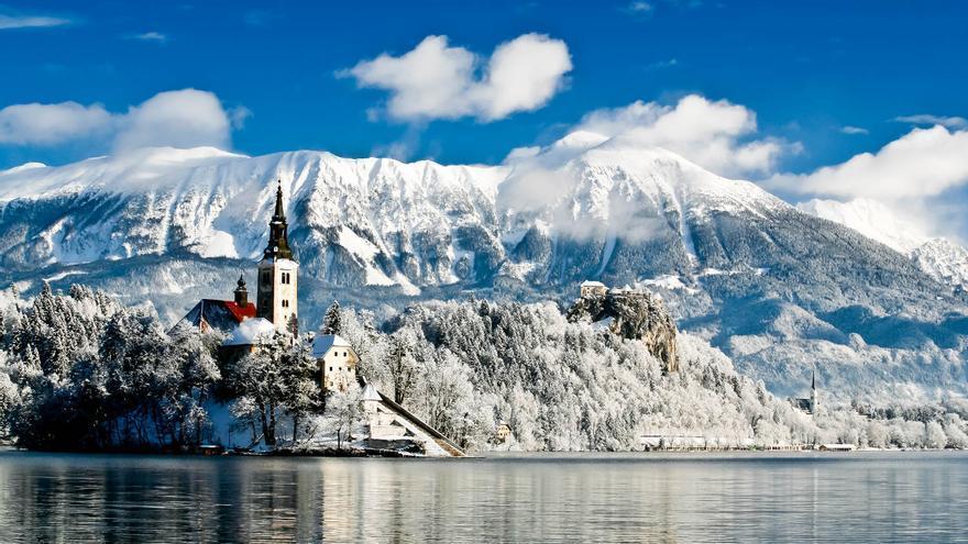 La Isla Bled, bajo la nieve. SLOVENIA.INFO