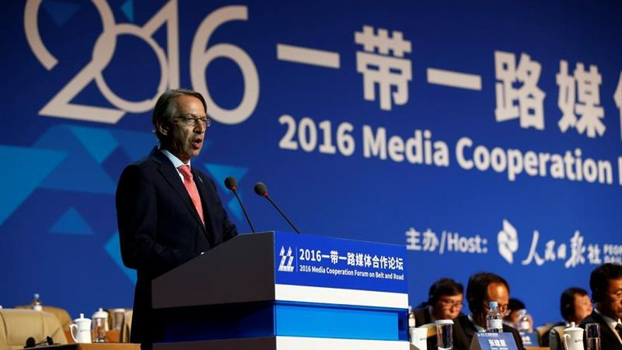 Líderes comunistas chinos reciben a directivos de la prensa mundial