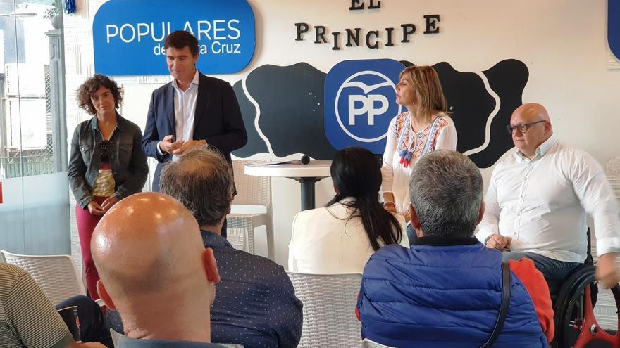 Guillermo Díaz Guerra, en un encuentro con entidades, asociaciones y clubes deportivos