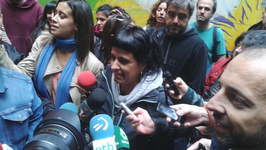 """Gabriel (CUP) afirma que lo que se vive en Cataluña se ha convertido en una """"confrontación con la demofobia"""" del Estado"""