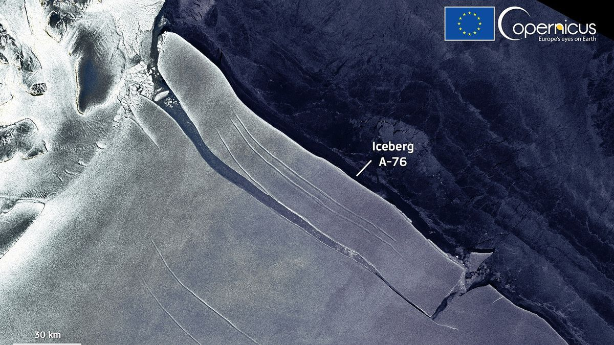 Iceberg A76 - ESA