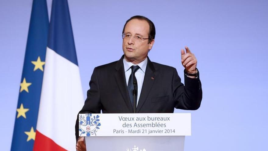 Hollande fracasa en su promesa de invertir la curva del paro para 2012