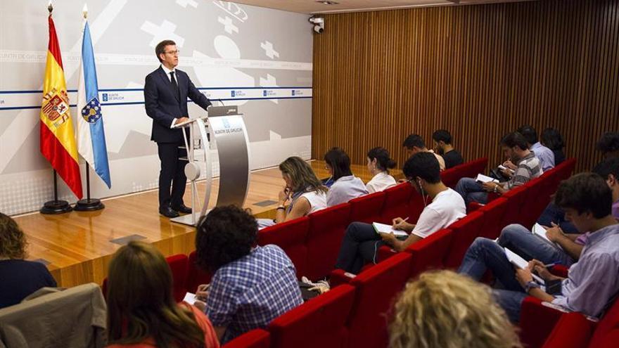 """Feijóo, """"convencido"""" de que en agosto habrá Gobierno presidido por Rajoy"""