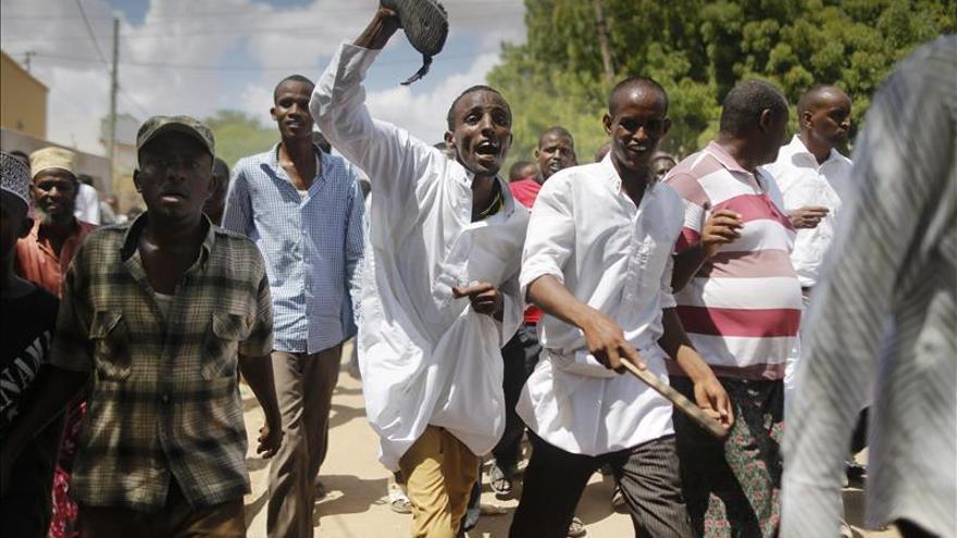 Evacúan un centro comercial en Nairobi tras detectar un artefacto explosivo