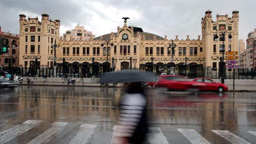 Once provincias en alerta por las fuertes lluvias y las tormentas