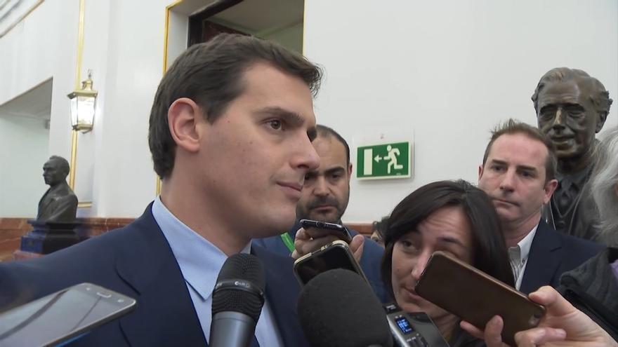 """Rivera dice que, sin Cifuentes y con un presidente """"limpio"""" del PP, no apoyará a Gabilondo en Madrid"""