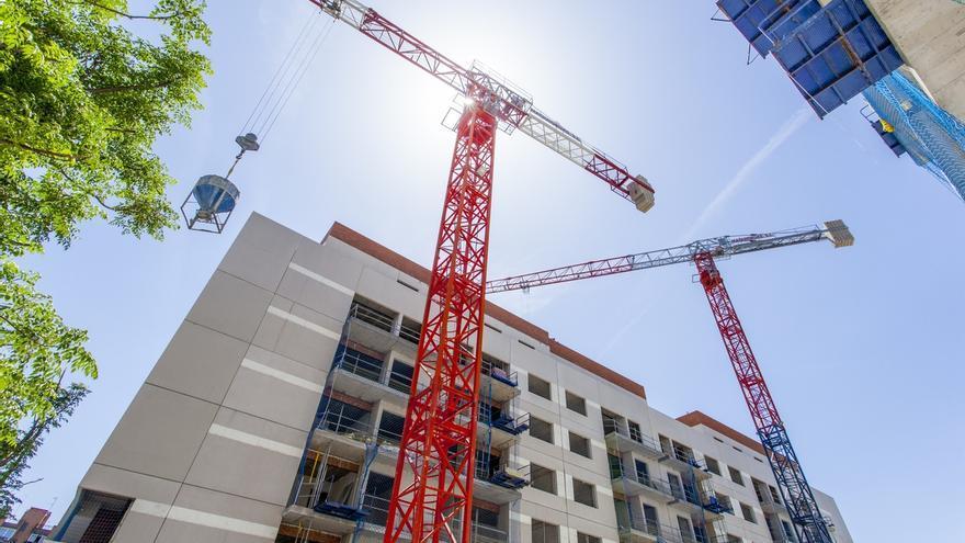 Bruselas autoriza la creación de una 'joint venture' inmobiliaria por parte del grupo Sabadell y Oaktree