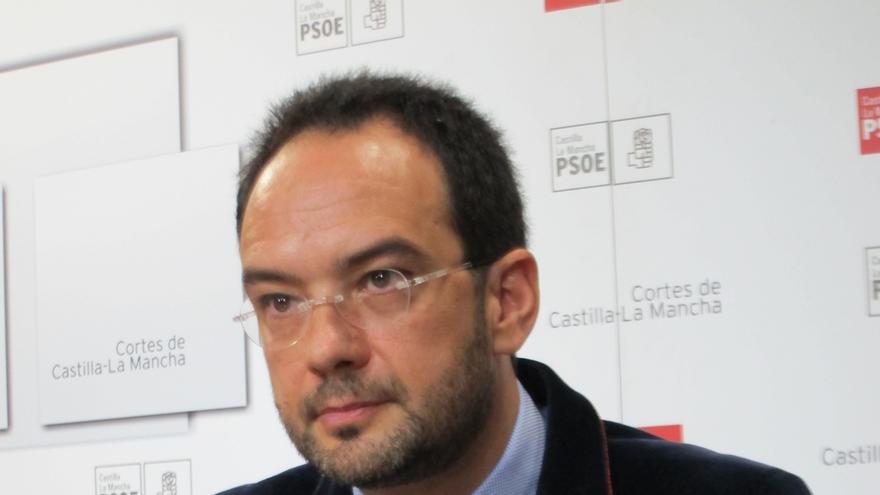 """Hernando (PSOE) dice que el cese de Gil-Ortega en Enresa es """"una bofetada a Cospedal"""""""