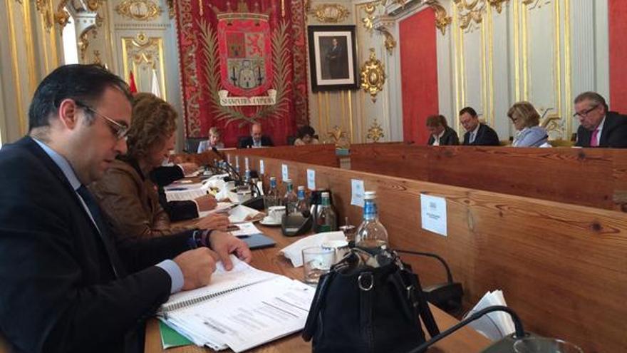 Pleno del Ayuntamiento de Las Palmas de Gran Canaria   @jaimeromeroc