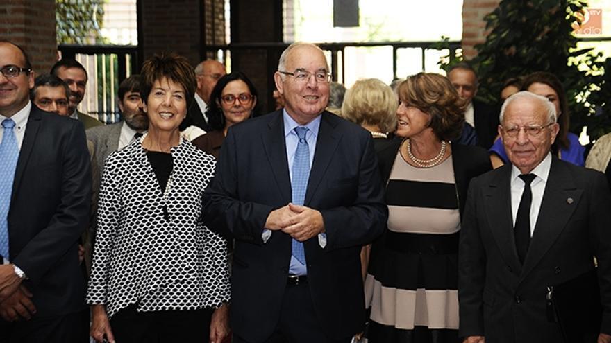 El académico Alfonso Domínguez-Gil, en un homenaje