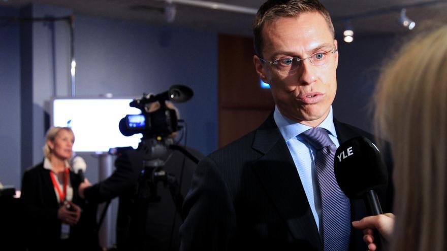 Alexander Stubb, primer ministro de Finlandia, acusó a Apple de haber acabado con los dos grandes sectores del país