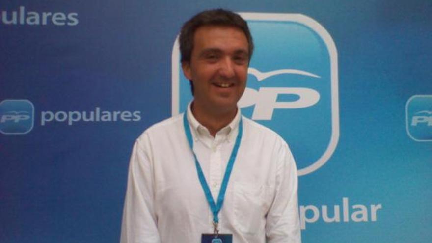 Vicente Gil, alcalde de Sax por el PP