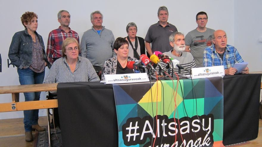 """Familiares de los detenidos por la agresión en Alsasua piden """"amparo"""" a las instituciones tras la decisión del TS"""