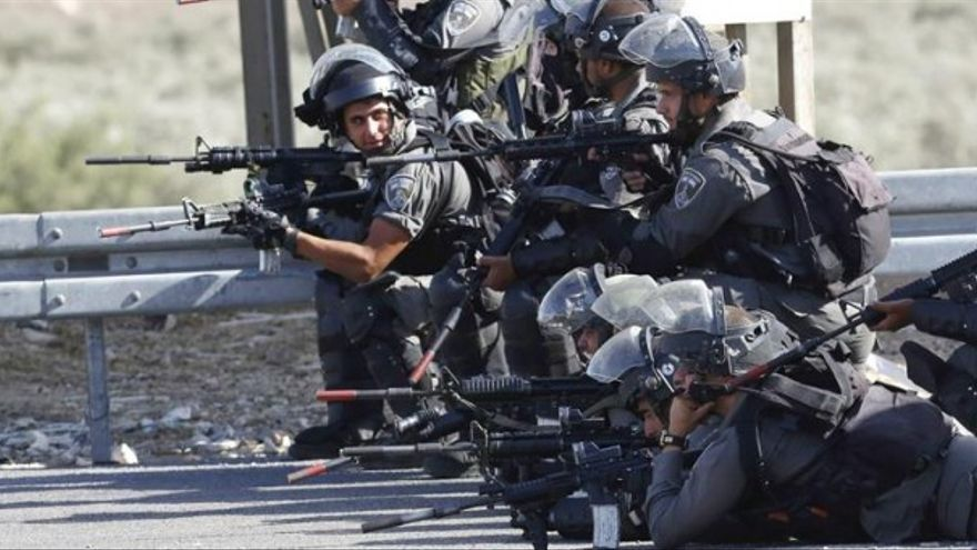 Soldados israelíes cerca de Nablus, Cisjordania / EFE-Alaa Badarneh