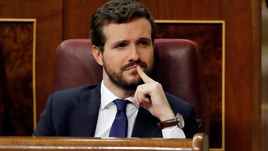 Casado pide a Sánchez activar el 155 o actuará contra él por prevaricación