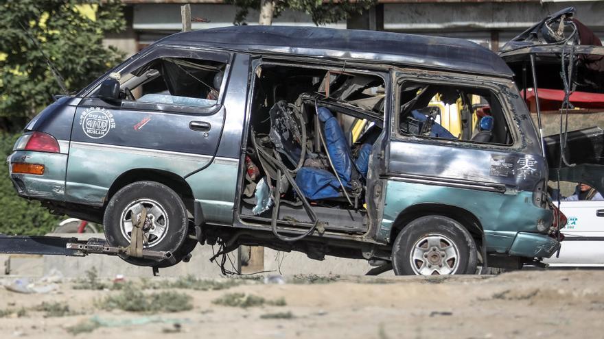 Al menos 7 civiles muertos en dos atentados con bomba en Kabul