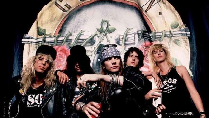 """Cerca de 40.000 personas asisten al concierto de Guns N'Roses en Bilbao, con plazas hoteleras """"prácticamente completas"""""""