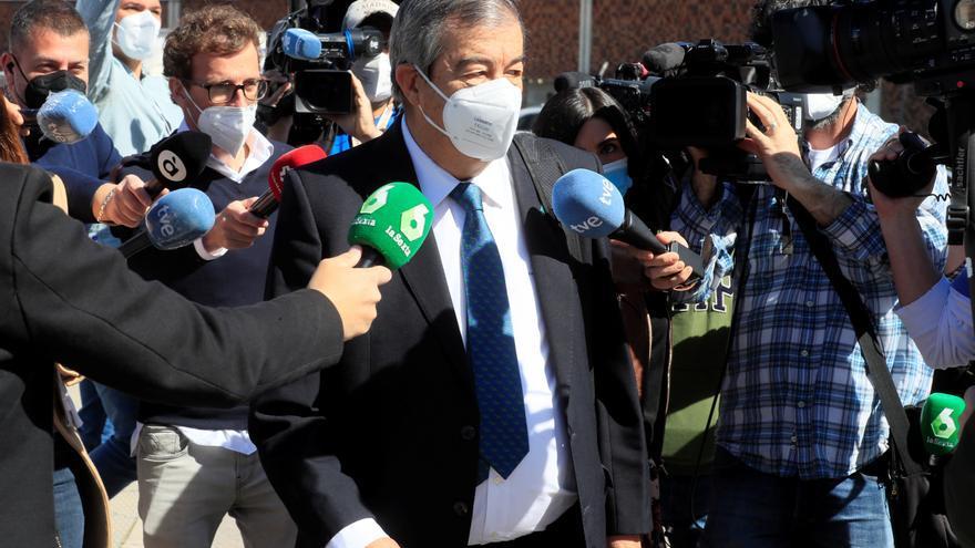 La Fiscalía cree que Cascos cargó a su partido gastos personales por 5.550 euros