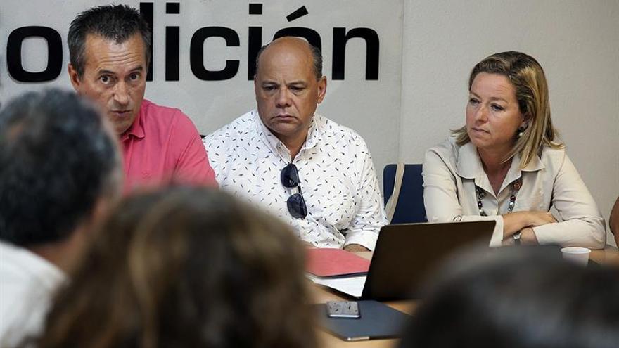 José Miguel Ruano, José Miguel Barragán y Ana Oramas, durante la reunión del Consejo Nacional de Coalición Canaria