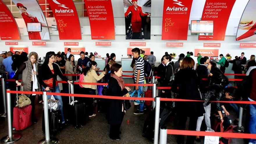 Avianca ganó 21,4 millones de dólares en trimestre afectado por devaluación