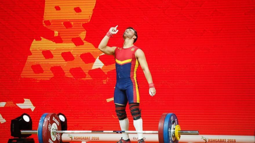 Josué Brachi acaba de lograr el bronce de halterofilia