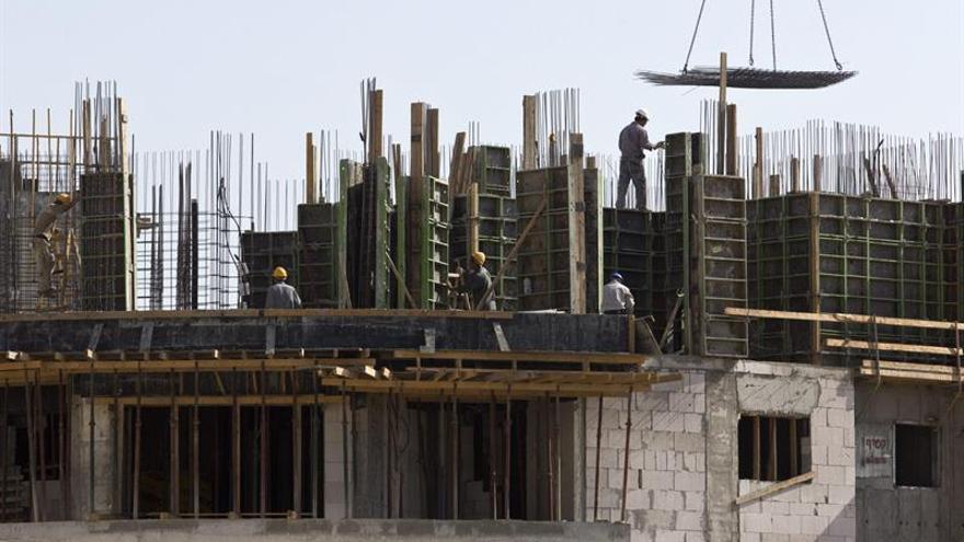 La firma de hipotecas sobre viviendas creció el 10 % en septiembre