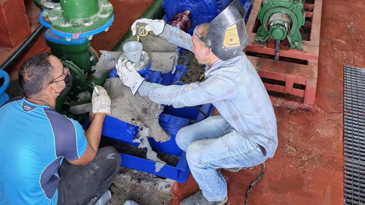 Obras de mejora en la red de abastecimiento de agua.