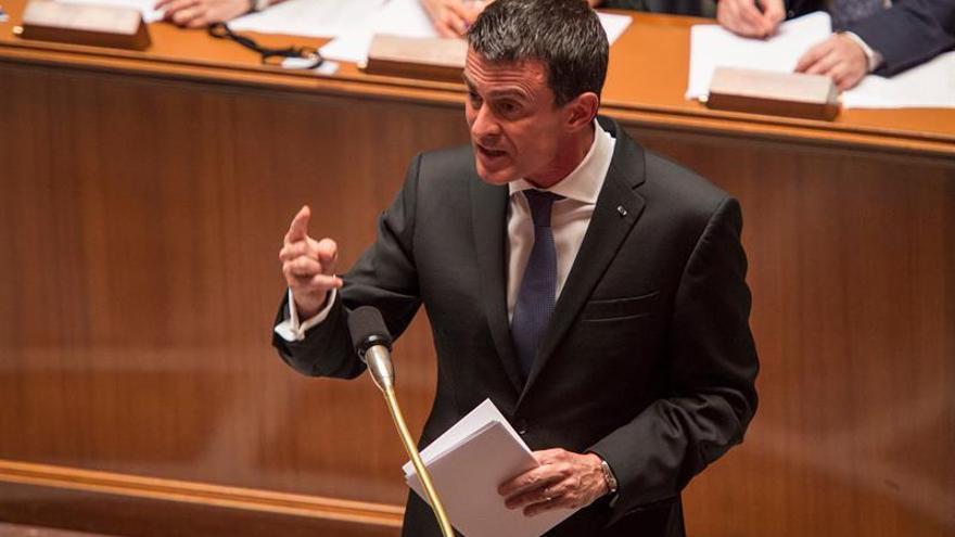 La polémica reforma laboral francesa queda aprobada sin moción de censura