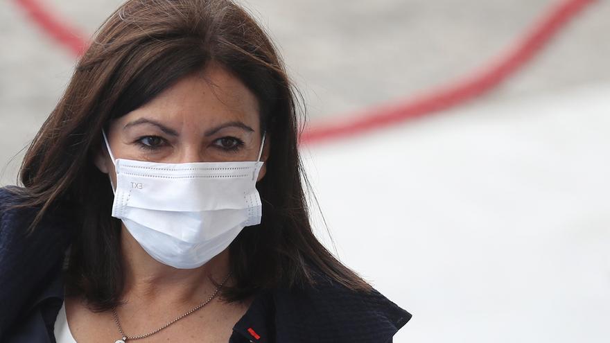 Anne Hidalgo no se pronuncia sobre si aspirará a la Presidencia frances