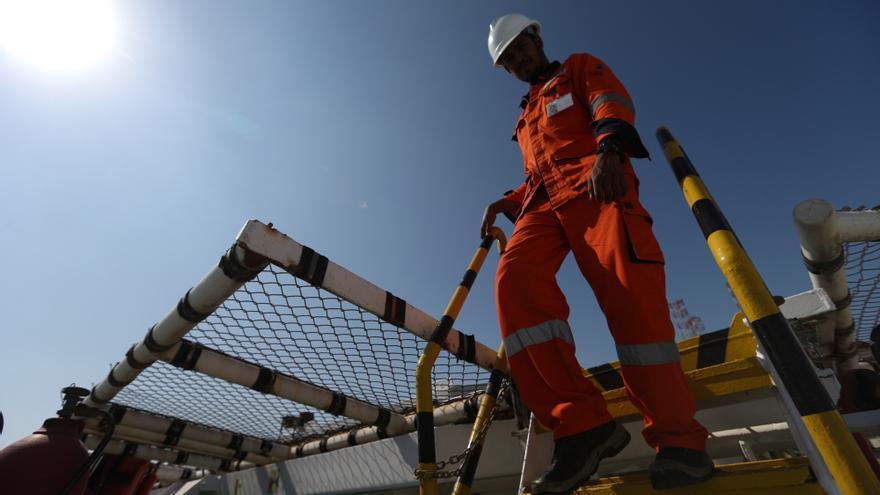 Emiratos dice que aún no hay acuerdo con Arabia Saudí en la OPEP