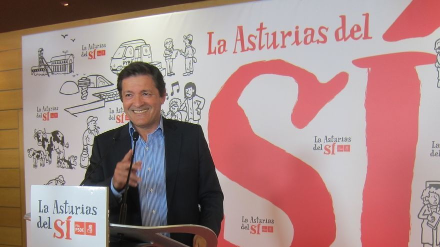 """Javier Fernández intentará formar el """"gobierno estable"""" que necesita Asturias"""