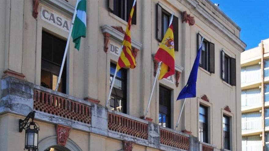 Detenidos el exsecretario y el exinterventor del Ayuntamiento de Lloret de Mar