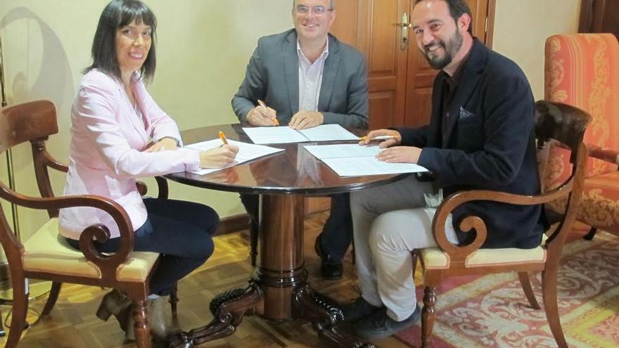 Jenny García, Anselmo Pestana y Marcos Lorenzo.