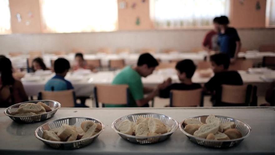 Durante el cierre de las escuelas por la pandemia, la mayoría de las provincias reemplazó a los comedores escolares por entrega de bolsones de comida.