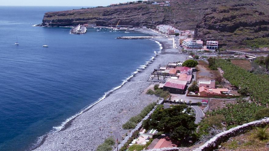 Playa de Santiago, núcleo pesquero del municipio de Alajeró.